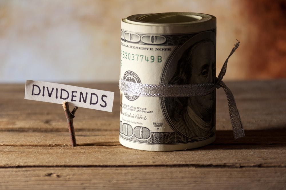 Tired Of Wells Fargo's Scandals? Here Are 2 Awesome High-Yield Banks To Buy Instead - Wells Fargo & Co. (NYSE:WFC)